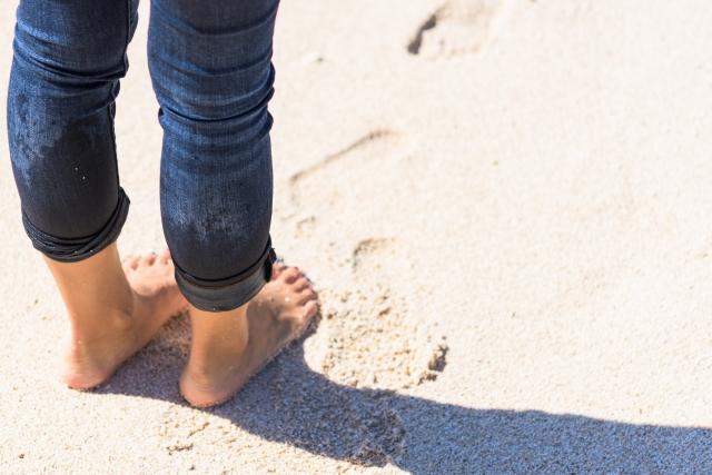 夏までの時期が勝負!膝の黒ずみを解消する方法