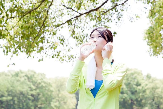 足の引き締めには有酸素運動と筋力トレーニングが効果的!