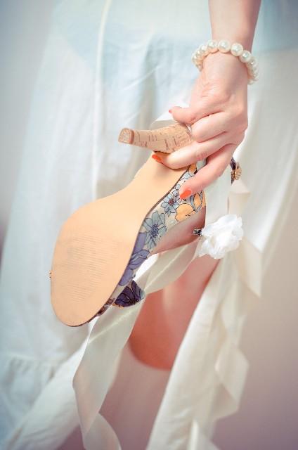 女性に多い!足のかかとのひび割れの治し方と予防法
